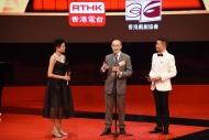 毛俊輝(中)頒發「最佳導演」獎項前,不忘分享成為最佳導演應具備的條件。