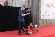 黃暉師傅的提線木偶表演。