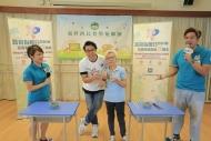 藝人鄭世豪與港台第五台節目主持及衞生署代表走入社區,呼籲長者們支持器官捐贈,將愛延續,遺愛人間。